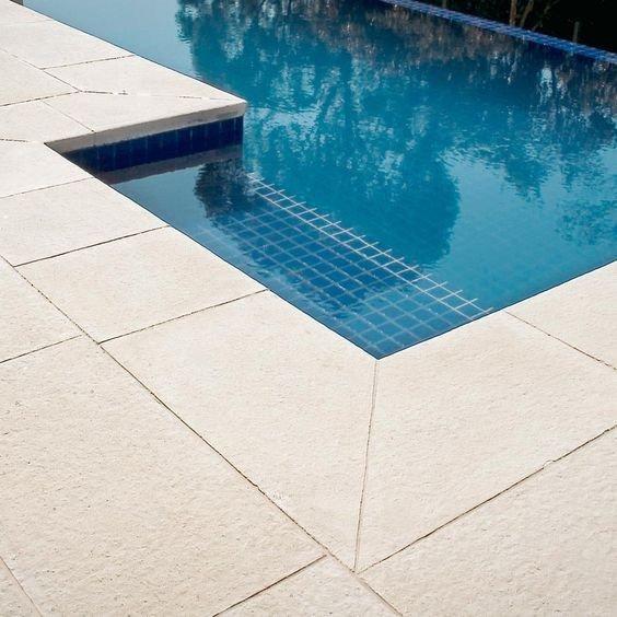 Borda de piscina atérmica cimentícia
