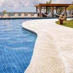 Borda de piscina atérmica cimenticia
